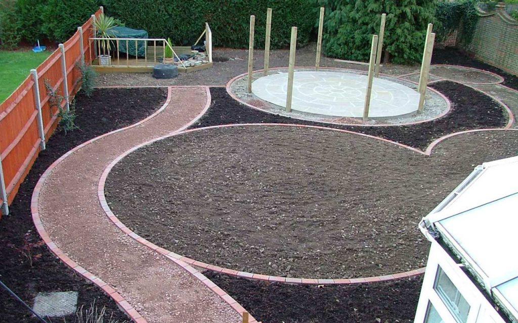 Circular lawn area ready to be turfed