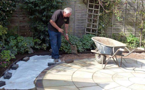 landscaping a garden patio